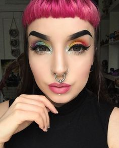 "4,280 Likes, 16 Comments - Katie Kelly ♀👊🏻 (@kayteeellen) on Instagram: ""Close up of today's look! ❤️💚✨🎁 using @sugarpill #acidberry #midori #mintsoda #asylum…"""