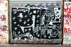 Paris 10 - rue du faubourg saint Martin - street art - PAL crew