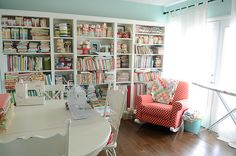 I would so love to give my mom a craft room that looks like this  - she'd never, ever leave it!!!