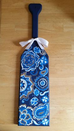 Vera Bradley inspired Greek Sorority Paddle by CraftsForGreeks on Etsy https://www.etsy.com/listing/218027041/vera-bradley-inspired-greek-sorority