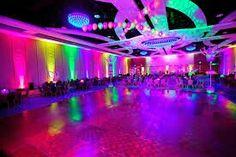 With neon being a huge trend this past year, it's no surprise that having a glow in the dark quinceanera. Neon Birthday, Sweet 16 Birthday, 16th Birthday, Birthday Parties, 70s Party, Disco Party, Glow In Dark Party, Black Light Party Ideas, Blacklight Party