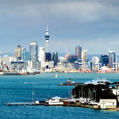 Visit Auckland, New Zealand and discover what the little country at the bottom of the world has to offer. Visit the Bay of Islands, the Waitomo Caves, or go whale watching all in New Zealand. New Zealand Cities, New Zealand Travel, Beautiful Places To Visit, Places To See, Amazing Places, Romantic Beach, Beach Fun, Vanuatu, Fiji