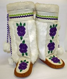 Kamiks available at Tlicho Online Store Native American Crafts, Native American Artifacts, Native American Beadwork, Native American Tribes, Native American Fashion, Native Fashion, Moccasin Boots, Shoe Boots, Beading Patterns