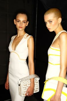 Versace - Paris Fashion Week Spring-Summer 2011 | Maison Chaplin