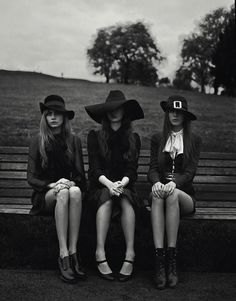 The Look: Cara Delevingne, Codie Young and Charlie Bredal photographed by Richard Bush for i-D, Pre-Spring 2013 I would totally wear the one on the right Cara Delevingne, Rock Chic, Retro Mode, Witch Outfit, Ellie Saab, Southern Gothic, Season Of The Witch, Rocker, Witch Aesthetic
