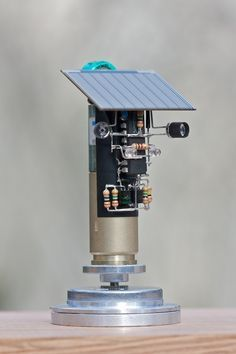 Solar powered smart head (BEAM)