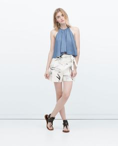 Image 1 of PRINTED BERMUDA SHORTS WITH PLEATS from Zara
