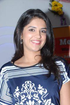 Deeksha Seth Hot Model Photo
