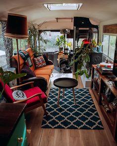 Converted bus in Margaret River, Western Australia Design Bus Living, Tiny House Living, Living Rooms, School Bus Conversion, Conversion Van, Diy Interior, Interior Design, School Bus Tiny House, Converted Bus