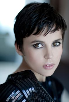 Elena Anaya is gorgeous and her eyes say so much...