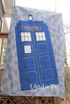 A TARDIS quilt! I love this!