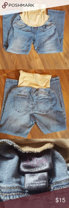 Oh Baby by Motherhood Ankle Jeans Size medium maternity jean ankle pants. Excellent condition. No rips or stains. Smoke free home. Oh Baby by Motherhood Jeans Ankle & Cropped