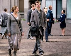 Divergent movie abnegation tris caleb clothes outfit