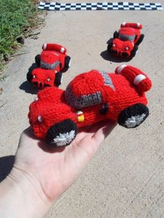 I'm always putting the offer out there for toy design requests – and someone finally took me up on it! A very kind and always-supportive friend on Ravelry had a dream of knitting a Ferrari! Boys Knitting Patterns Free, Free Knitting, Crochet Starfish, Ravelry, Crochet Car, Supportive Friends, Homemade Toys, Stuffed Toys Patterns, Arm Warmers