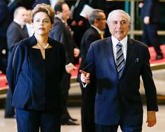 """Guerra foi declarada em Brasília: Dilma """"fora"""" manda espionar Temer """"dentro"""".  http://cristalvox.com/guerra-foi-declarada-em-brasilia-dilma-fora-manda-espionar-temer-dentro/"""