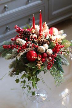 Christmas Wreaths, Christmas Crafts, Christmas Decorations, Christmas Tree, Christmas Ornaments, Holiday Decor, Christmas Arrangements, Floral Arrangements, New Year 2020