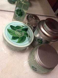 The Body Shop nuovo lancio linea corpo !!! | Piace e lo condivido The Body Shop, Mason Jars, Canning Jars, Glass Jars, Jars, Mason Jar