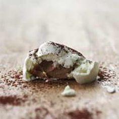Lime-marengs med nougat og kakaodrys