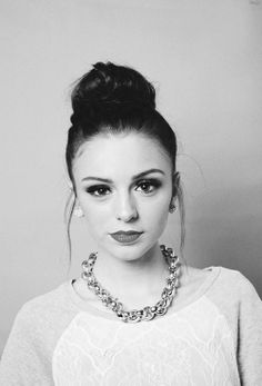 Discovered by ~♡Tiare♡~. Find images and videos about cher lloyd, expensive and lloyd on We Heart It - the app to get lost in what you love. Cher Lloyd, French Twist Updo, French Twists, Woman Crush, Makeup Inspiration, Makeup Ideas, Fashion Inspiration, Cute Hairstyles, Hair Hacks
