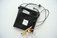 BLACK  軽量ナイロン サコッシュ Pouch Bag, Tote Purse, Backpack Bags, Crossbody Bag, Trolley Case, Hiking Fashion, Side Bags, My Bags, Fashion Bags
