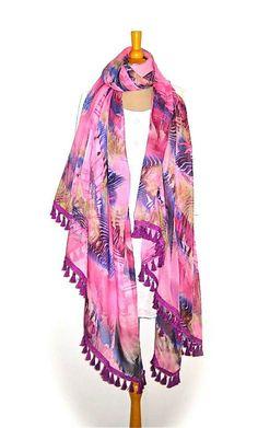 Lovely scarf.. www.gipsyibiza.nl