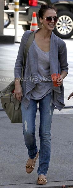 Jessica Alba Style and Fashion - 7 For All Mankind Roxanne Skinny Jeans on Celebrity Style Guide