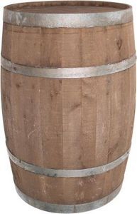 Wooden barrels have been used for centuries as a means to transport items. From liquids like wine and beer, to solid things such as meat, wooden barrels were favored because of their durability and capacity to hold large quantities. Tonneau Bar, Barris, Whiskey Distillery, Barrel Projects, Bourbon Barrel, Whiskey Barrels, Small Wood Projects, Wooden Diy, Home Brewing