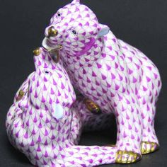 Herend Hand Painted Porcelain Figurine Two Playful Bears Raspberry Fishnet Gold Accents.