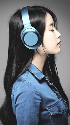 IU- Wallpapers IU photoshoot for Sony headphones Girl With Headphones, Best Headphones, Korean Actresses, Korean Actors, Korean Girl, Asian Girl, Korean Couple, Iu Twitter, Iu Fashion