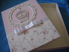 caderno para maternidade. Acompanha caixa de mdf coberta com tecido . Escolha sua arte. R$ 120,00