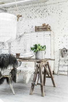 Shabby Chic Home Interiors – Decorating Tips For All Home Interior, Interior Styling, Interior Architecture, Interior Decorating, Interior Design, Shabby Chic Homes, Shabby Chic Style, Casas Shabby Chic, Interior Minimalista