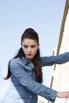 Kiraz Mevsimi - Episode 57 Turkish Women Beautiful, Turkish Beauty, Hot Actors, Actors & Actresses, I Love My Girlfriend, Cap Girl, Female Character Inspiration, Stylish Girl Images, Hair Color Dark