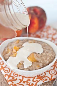 Slow Cooker Peaches 'N Cream Oatmeal
