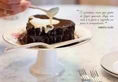 Bolo de Chocolate Delícia. Aprenda a fazer: http://casadevalentina.com.br/blog/detalhes/bolo-de-chocolate-delicia-2861 #recipes #receitas #doces #cakes #candies #doce #chocolate #casadevalentina
