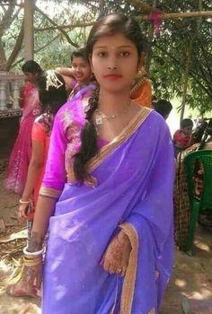 Beautiful Girl In India, Beautiful Muslim Women, Beautiful Girl Photo, Beautiful Bollywood Actress, Beautiful Indian Actress, College Girl Photo, College Girls, Desi Girl Selfie, Girl Number For Friendship