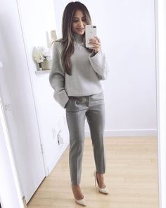 25 Beautiful Business Casual Outfits to Wear During Winter - Work Outfits Women - Business Attire Mode Outfits, Fashion Outfits, Chic Outfits, Classy Outfits, Fasion, Glamorous Outfits, Fashionable Outfits, Fashion Boots, Look Boho