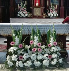 Church Flowers, Ikebana, Flower Arrangements, Floral Wreath, Anna, Bouquet, Wreaths, Garden, Plants