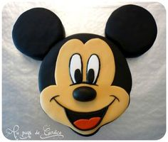 Gâteau tête de Mickey