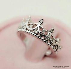 Dear Future Boyfriend,   I want this as a promise ring.  Let me know I'm your queen by showing me you're a king. ♥