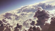 Fluffy white clouds Wallpaper #2487