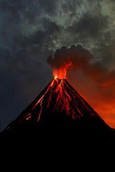 imalikshake:    imalikshake:Arenal Volcano IIby ~abrahams-david