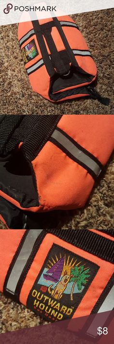 Doggie life vest. Good condition. Only used a few times. Needs a little clean up. Been in storage. Fits a small breed dog about 5-10 lbs. Other