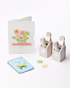 This sweet bouquet card, created using flower craft punches, is sure to brighten any mother's day! I love the punches on the side of the card!!! From Martha Stewart