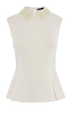 Bekleidung | Cremefarben Top mit Zierausschnitten im Kragen | Damenmode | Karen Millen