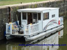 Houseboat Remodel Ideas | Get houseboat plans and houseboat design ideas. 8-10 berth houseboat ...