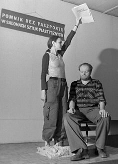 In 1976, artists Zofia Kulik and Przemysław Kwiek were summoned to the Polish Ministry of Culture and Art in Warsaw. They were told that they were no longer allowed to represent Polish culture abroad. Their passports were withdrawn.  From 1971 onwards, both worked under the name KwieKulik. Until 1987, they produced what was considered one the most important bodies of political performances in Europe.