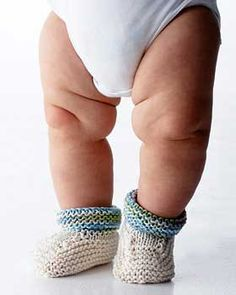 Stay-on knit and crochet baby booties free patterns