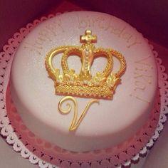 Queen Crown Birthday Cake