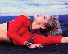 Madonna by Herb Ritts (1985, Hawaii) I love this outfit
