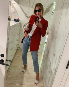 Rosie Huntington Whiteley, It Bag, Blazer Outfits Casual, Stylish Outfits, Mode Outfits, Fall Outfits, Fashion Outfits, Fashion Pants, Pretty Outfits